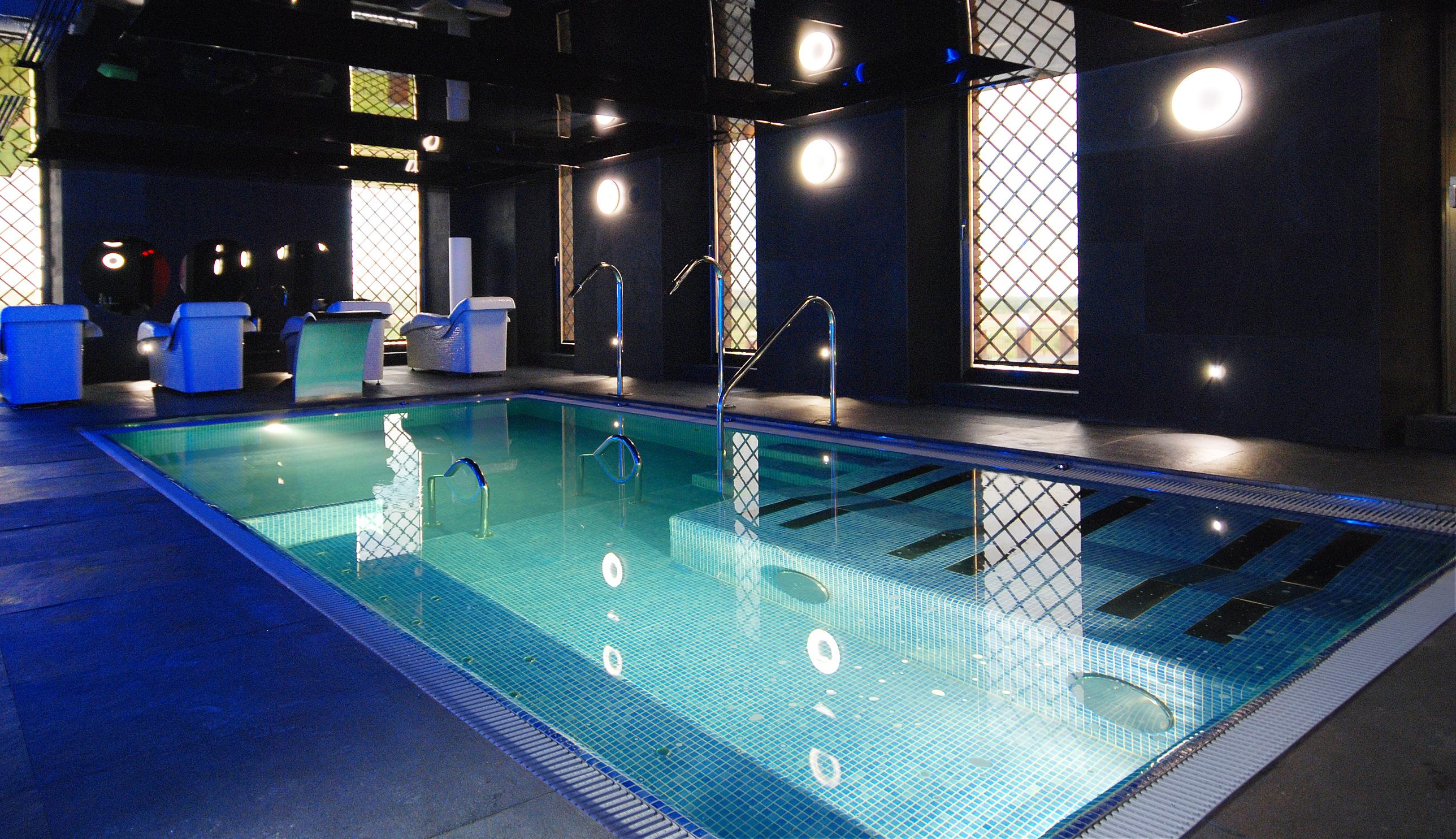 Sarl aqua blue europa piscine for Chauffage piscine blue