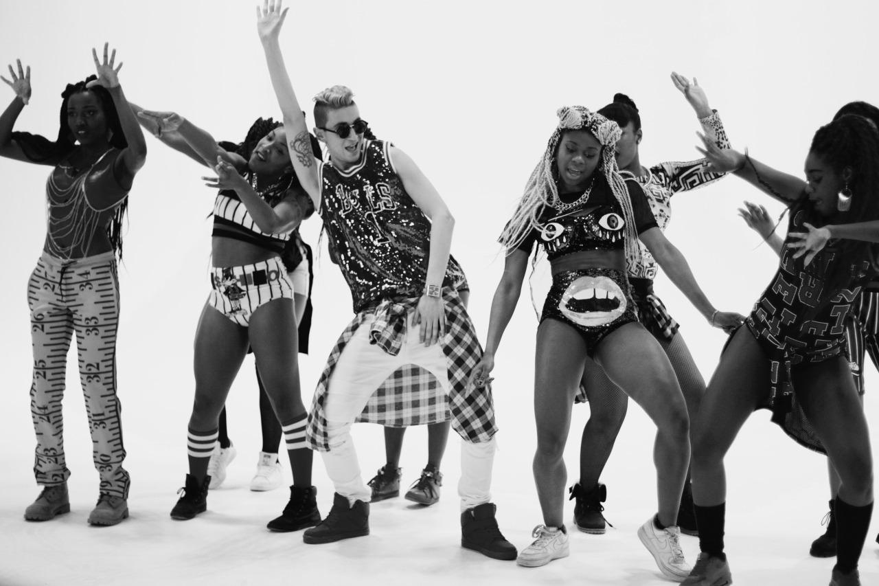 danseur   chor u00e9graphe et professeur de danse hiphop  new style  l a style   dancehall   street jazz
